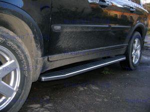 Боковые подножки Berkut, алюминиевые с пластик. накладкой, а/м 2002-2009